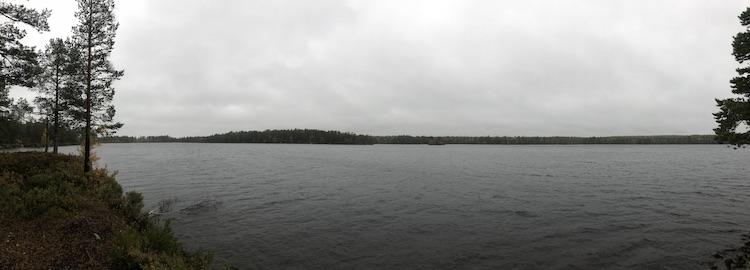 Rainy weather at Åsbölesjön